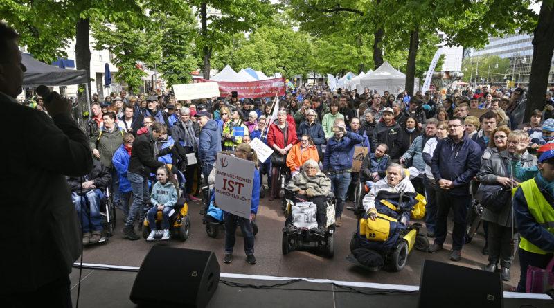 Blick von der Bühne beim Protesttag 2019.