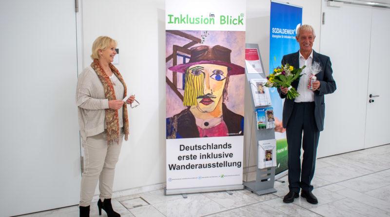 Landtagspräsidentin Prof. Dr. Ulrike Liedtke und Gerd Miedthank (Sozialdenker).