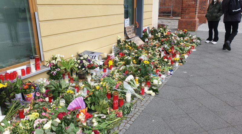 Blumenmeer am Oberlinhaus
